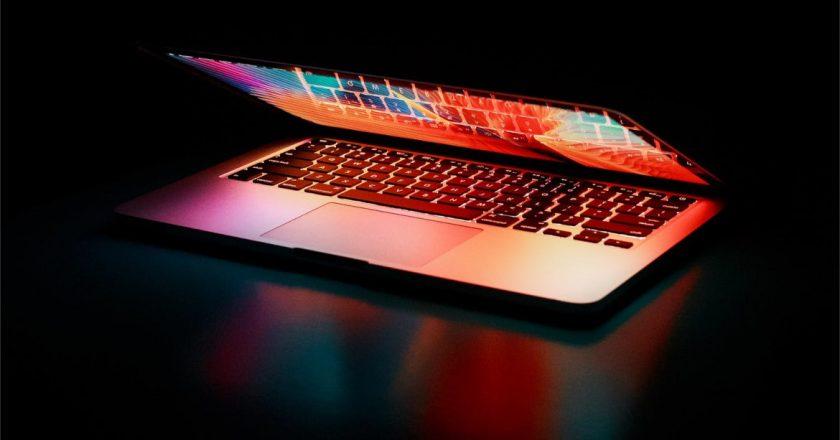 Komputery i laptopy nadal będą drożeć